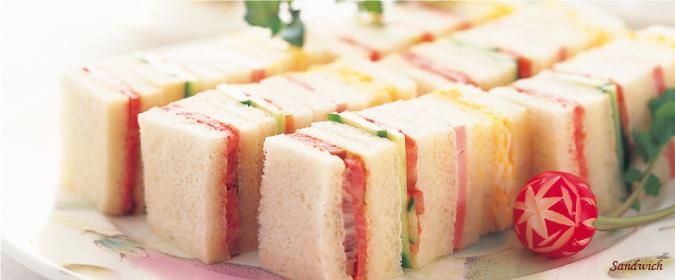 赤トンボのサンドイッチ